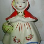 Hull Poinsettia Red Riding Hood 1-220x328