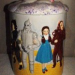 OZ CYLINDER COOKIE JAR 1-220x305