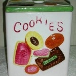 COOKIES ALL OVER SQUARE JAR (1)